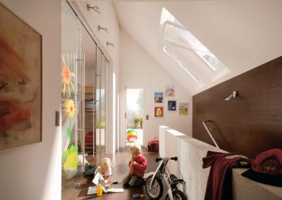 Ușă din sticlă glisantă cu feronerie Dorma MUTO DRM 08