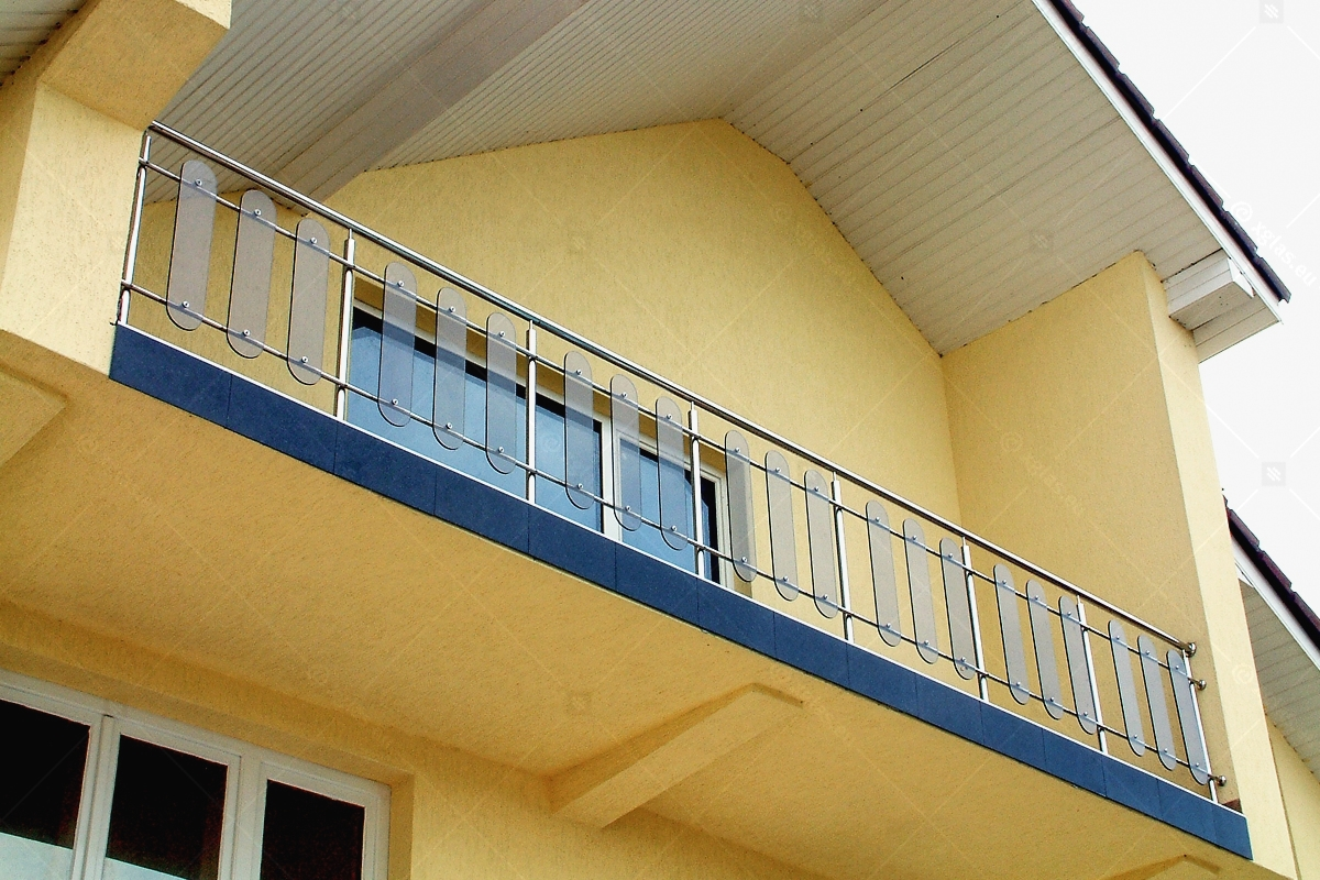 Balustrada_damian_cu_montanti_04