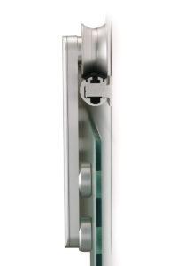 Ușă glisantă din sticlă cu feronerie Dorma RSP 80 DRM 01