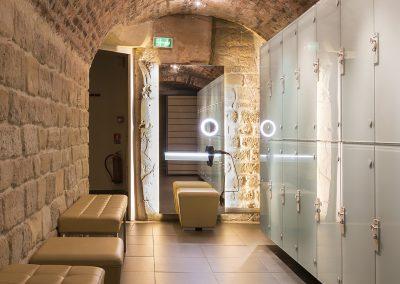 LUsine-Paris-project-mirror-front
