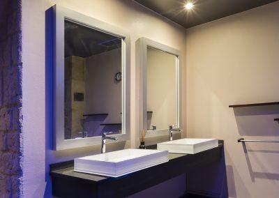 LUsine-Paris-project-white-sink
