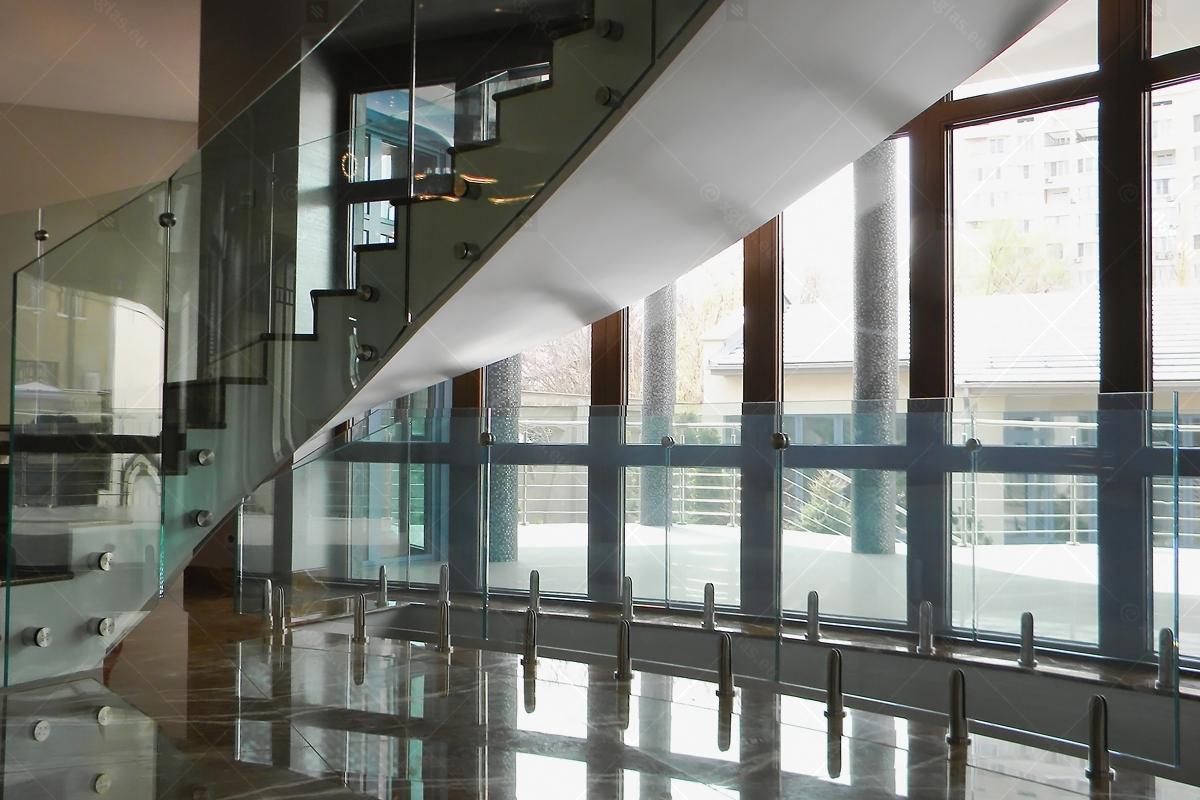 Balustrada-curba-KAZ-01