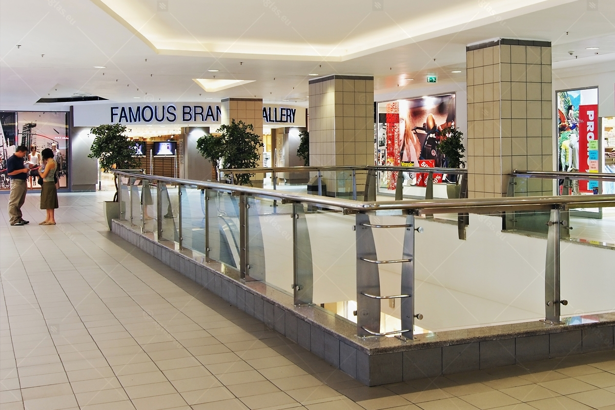 Balustrada_Plaza_Romania