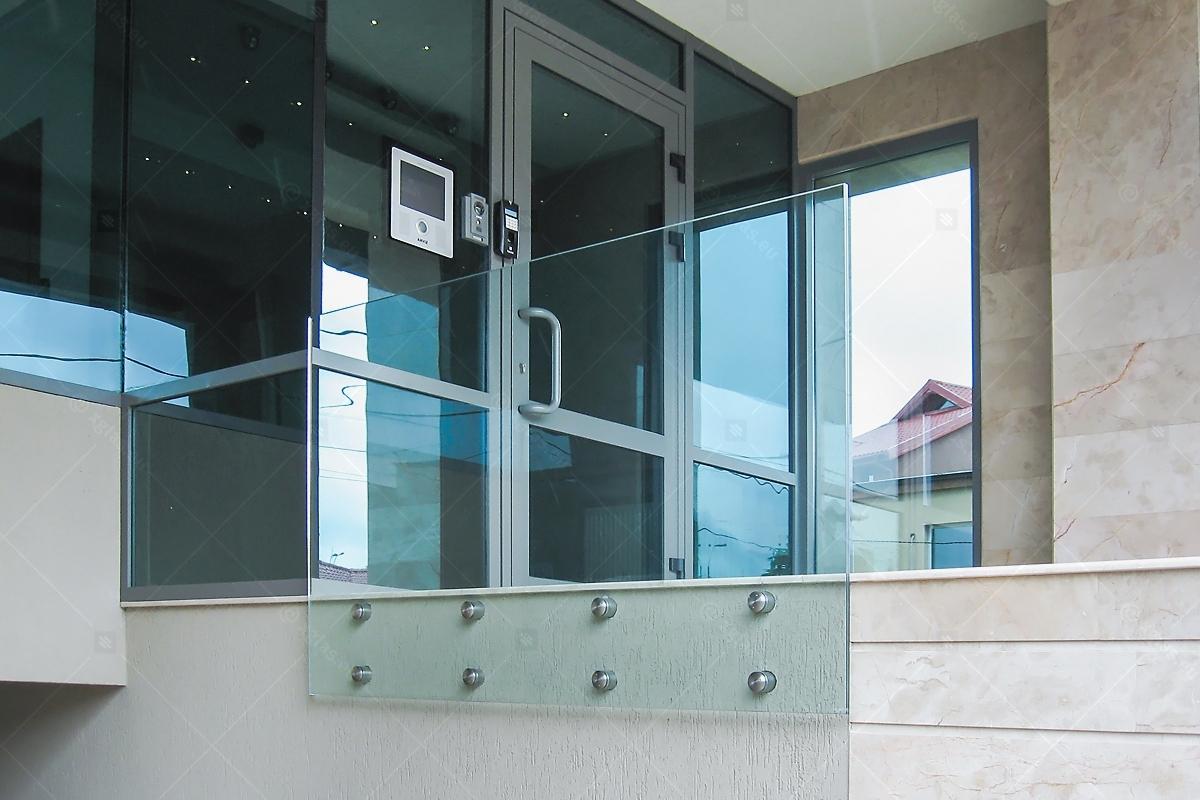 Balustrada_cu_prindere_in_puncte_PZP_01