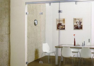 Ușă armonica din sticlă cu flexare pe mijlocul foii Faltus 01