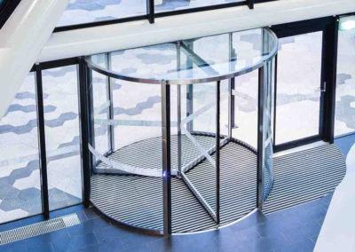 Ușă din sticlă rotativa Dorma DRM 01