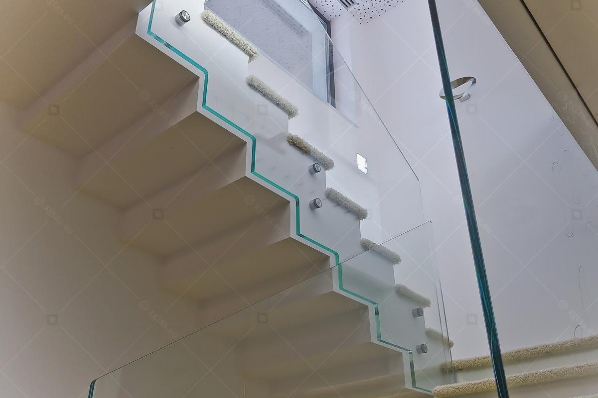 Balustrada-fixare-punctuala-casa-H-10