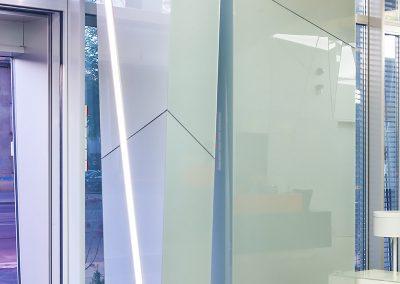 Placare sticlă portal intrare ING